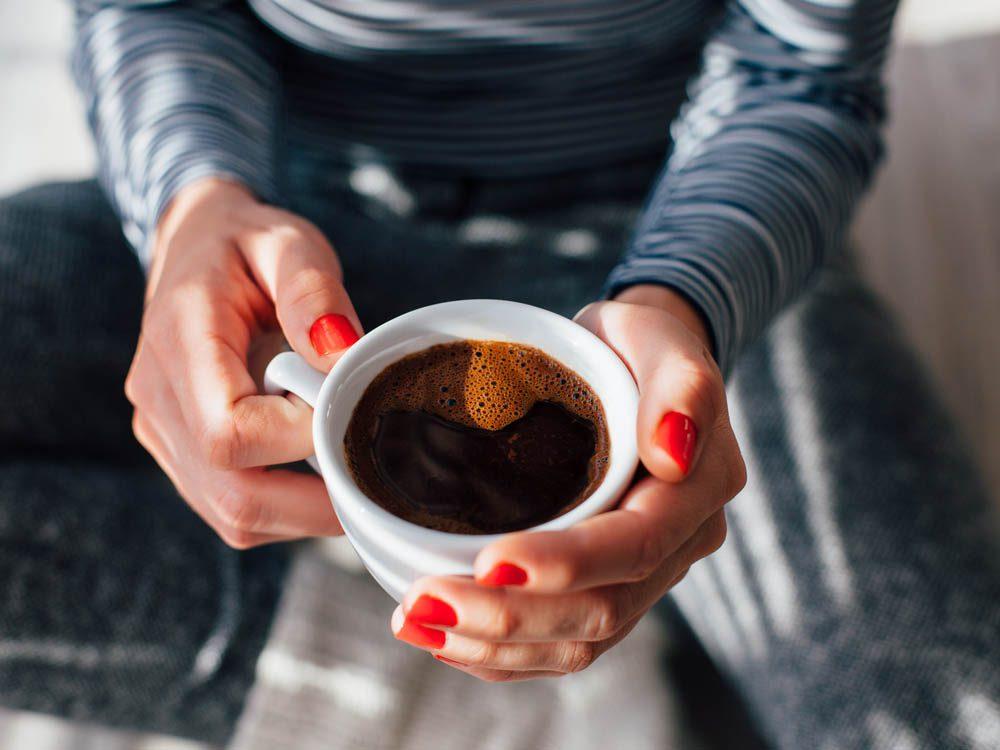 Remise en forme physique : la consommation raisonnable de café est bon pour la santé.