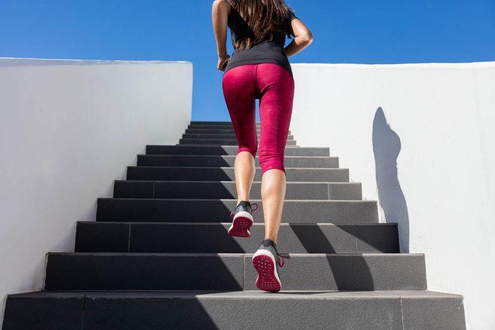 Pour une remise en forme physique, faites des entraînements par intervalles.