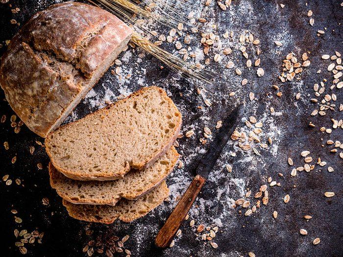 Superaliment : les fibres de l'avoine contribuent à abaisser le cholestérol.