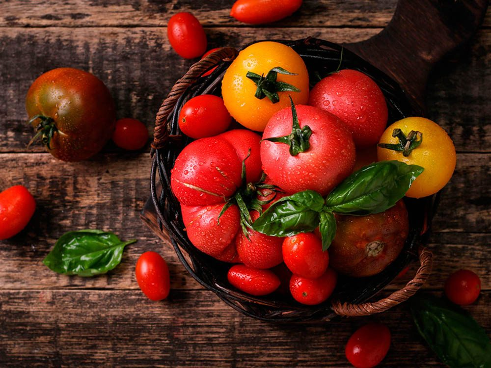 Superaliment: la tomate source de vitamine A.