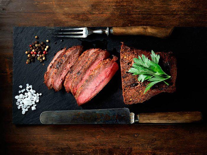 Superaliment: la viande de bison peut prévenir une carence en fer.