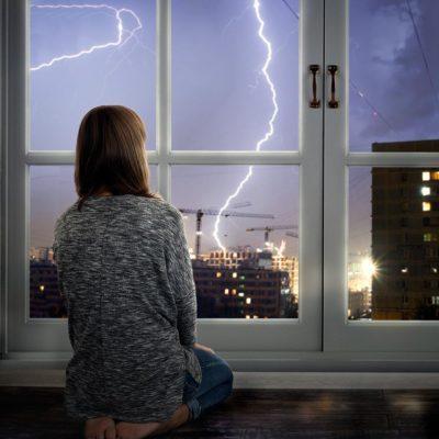 Lors d'un orage, évitez de faire ces choses.