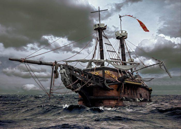 Un vaisseau fantôme est retrouvé , dérivant dans l'Atlantique.