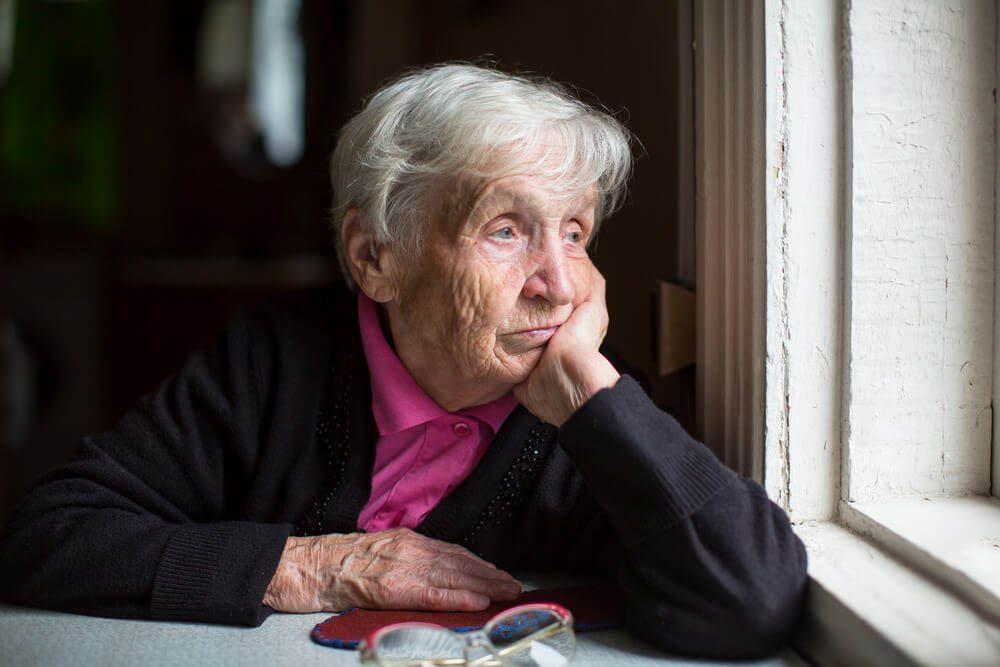 L'Alzheimer cause une démence légère en stade 3.