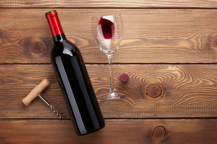 Alimentation anti-inflammatoire : buvez moins d'alcool.