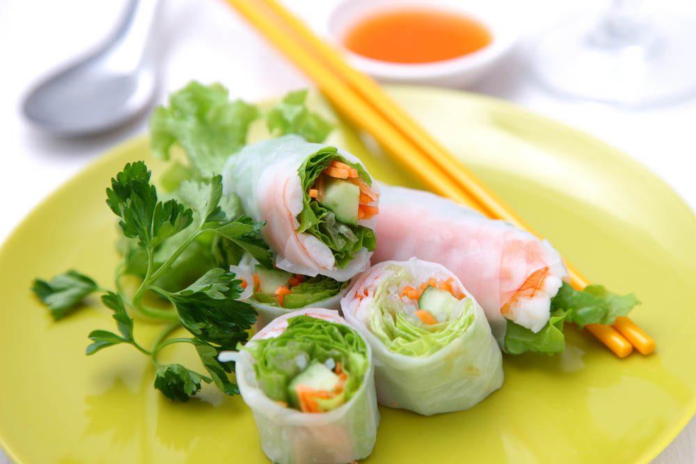 Boîtes à lunch : préparez des rouleaux végétariens.
