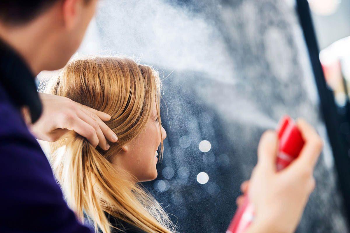 Le coiffeur vous déconseille d'appliquer trop de produit.