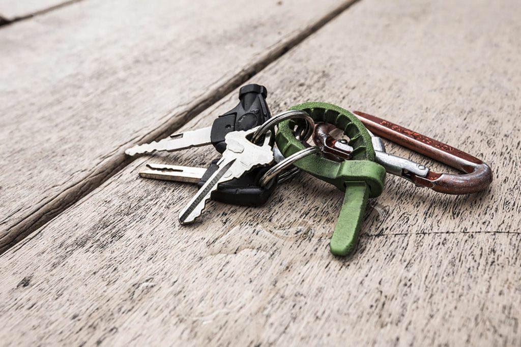 Conseils automobile : allégez votre trousseau de clés.