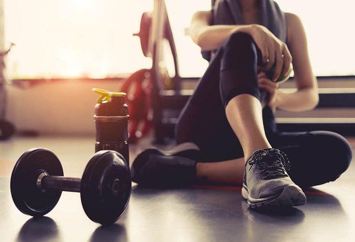 Prévenez la déprime saisonnière en vous inscrivant au gym.