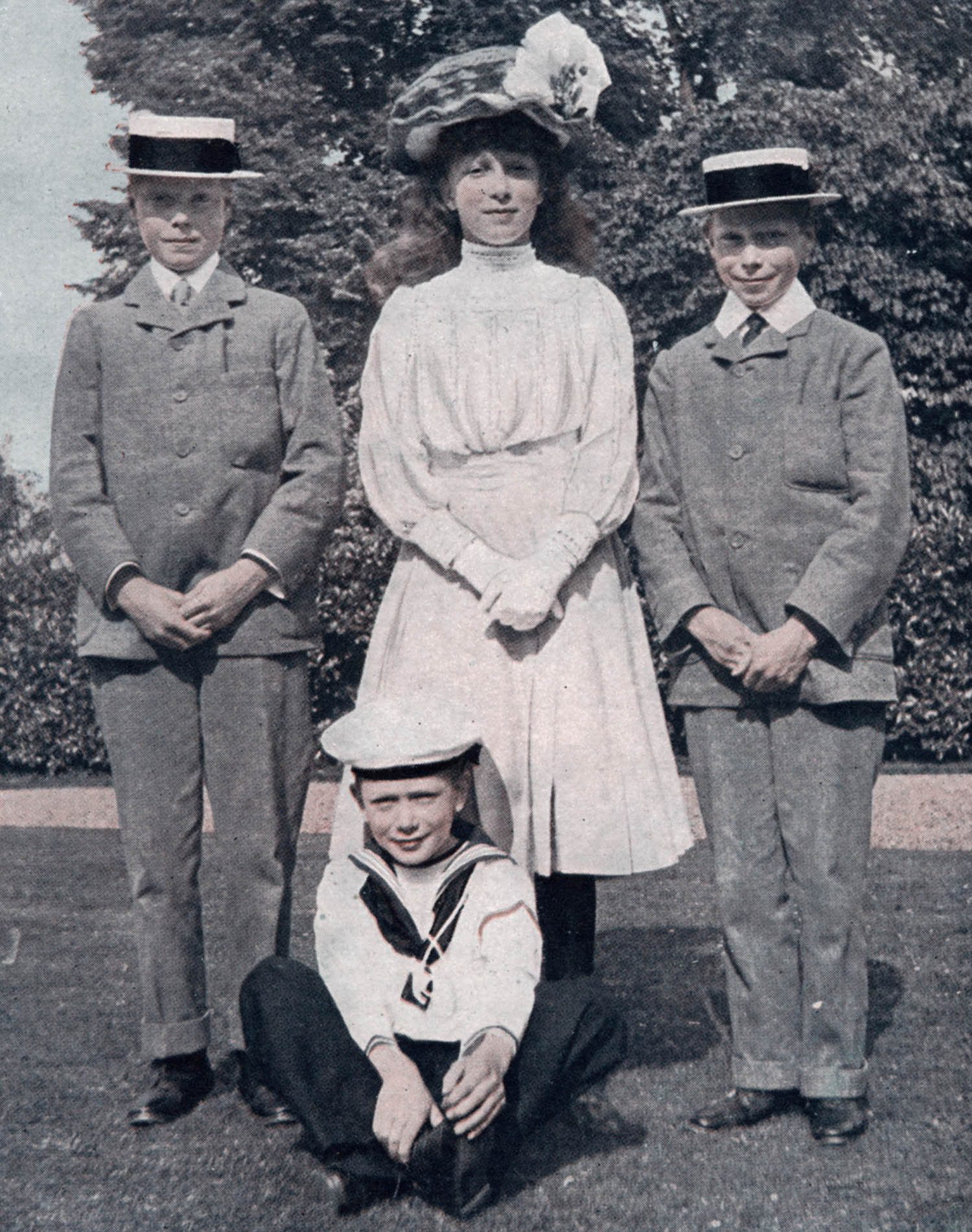 Famille royale : photo des enfants de George V, dont deux futurs rois.