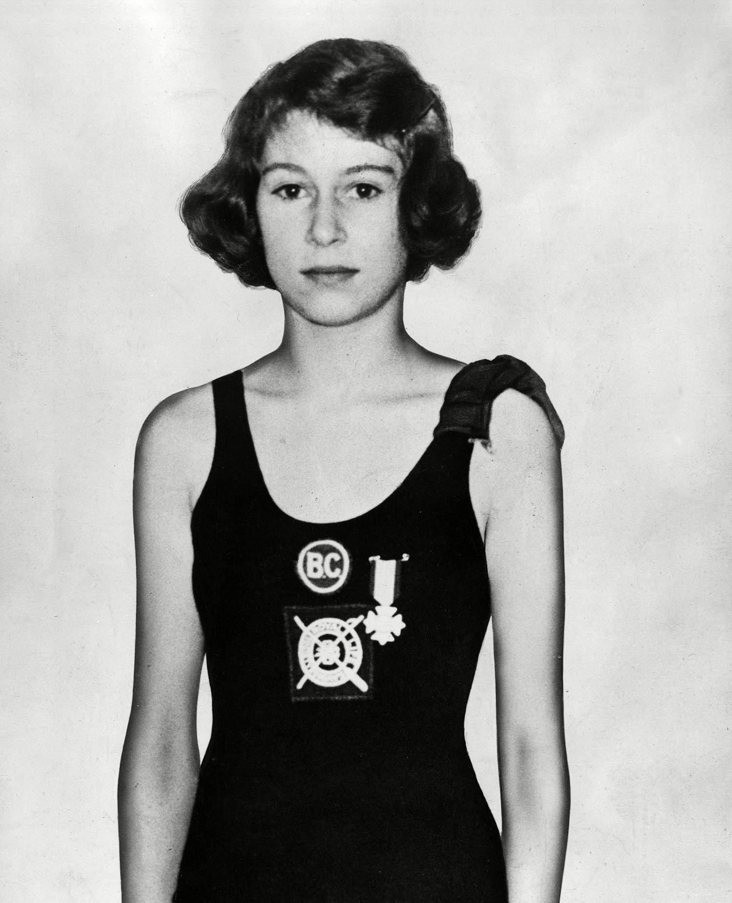 Famille royale : rare photo de la reine Élisabeth en maillot.