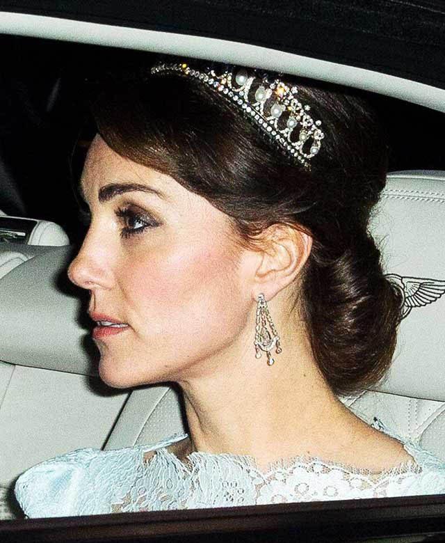 La famille royale doit suivre le protocole du diadème.
