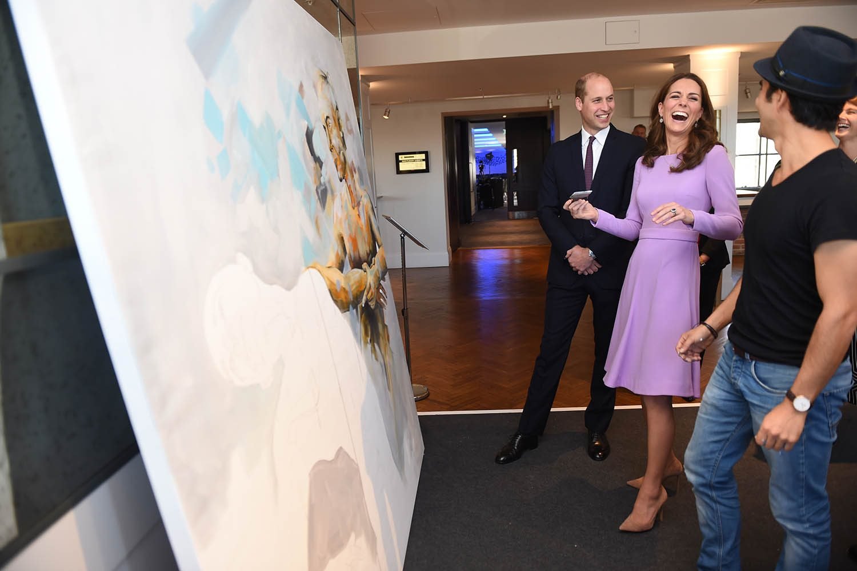 Famille royale : photo de la duchesse de Cambridge éclatant de rire.