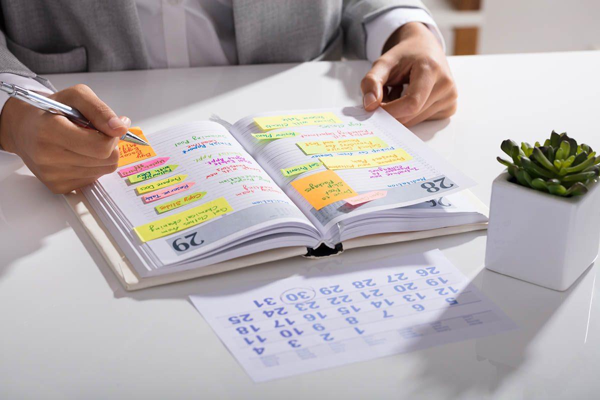 Gestion du temps : établissez une liste de priorités.