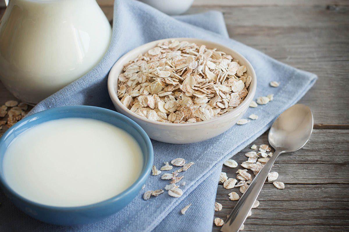 Préparez du gruau avec du yogourt grec pour doubler la quantité de protéines.
