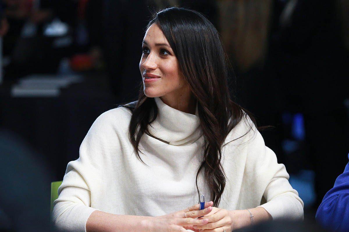 Meghan Markle enceinte : sa garde-robe doit devenir plus pudique.
