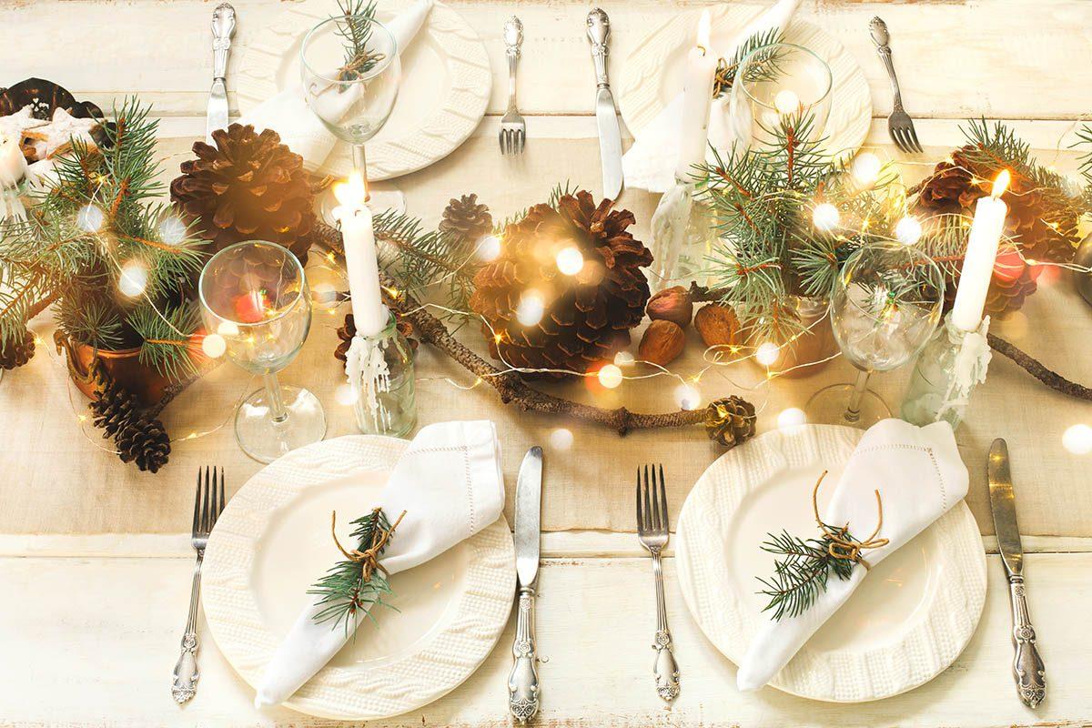 Pour un Noël zéro déchet, utilisez de la vraie vaisselle.