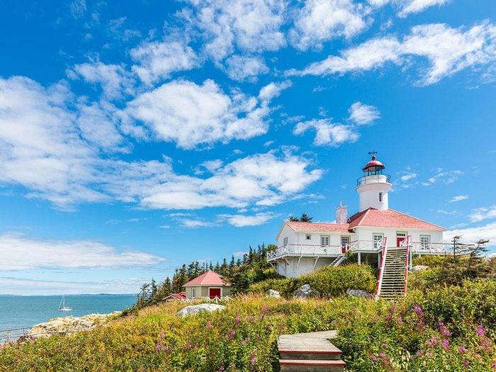 Passez une nuit au Québec dans un phare historique.