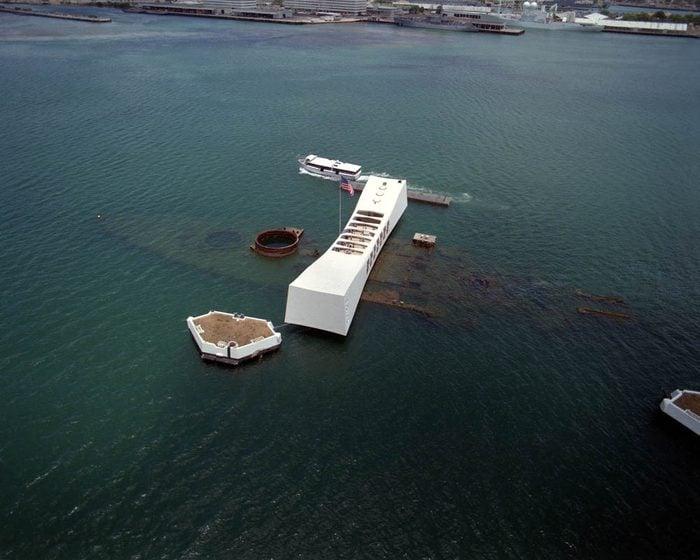 Plus belles épaves au monde : le USS Arizona.