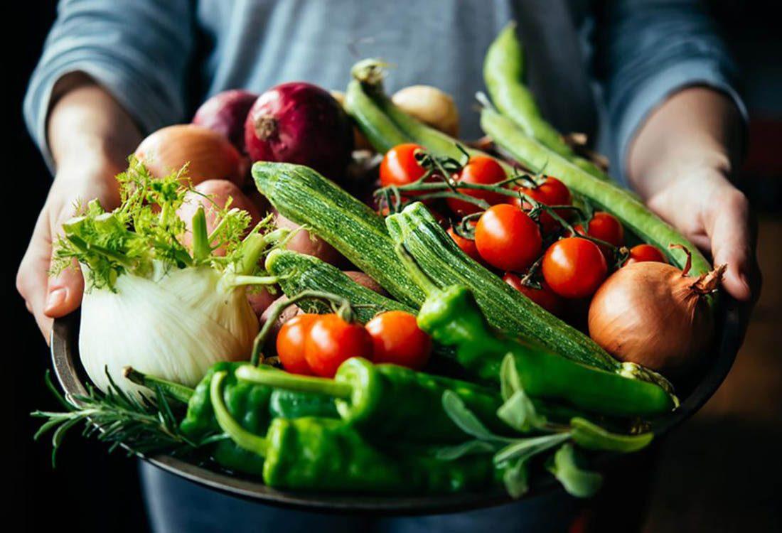 Pour perdre du poids, mangez plus de végétaux.