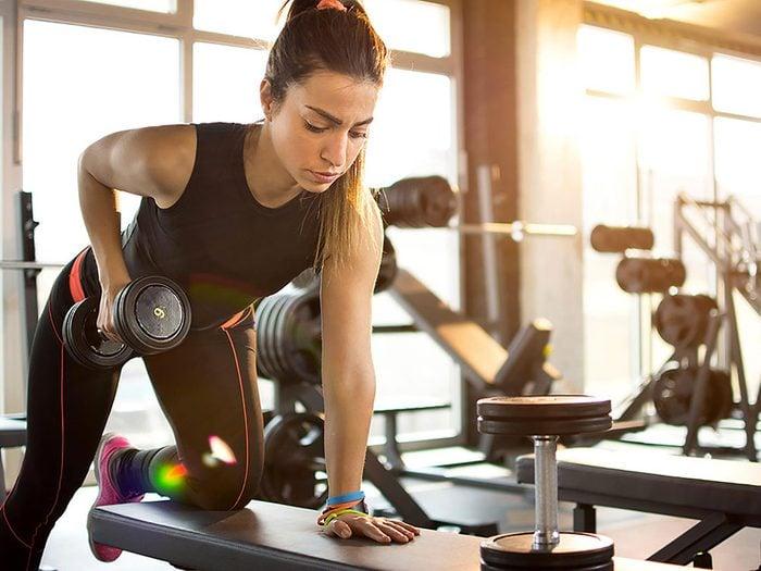 La masse musculaire vous donne l'impression que votre poids est lourd, mais travaille pour vous.