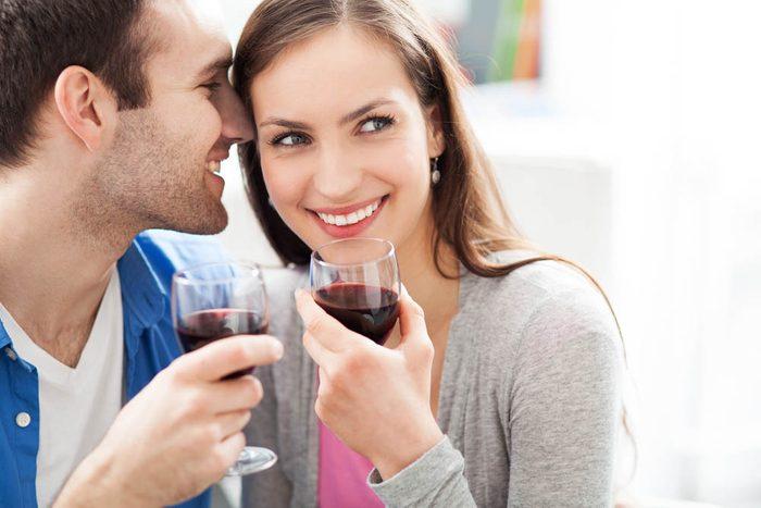 Pour prévenir le cancer, savourez un verre de vin.
