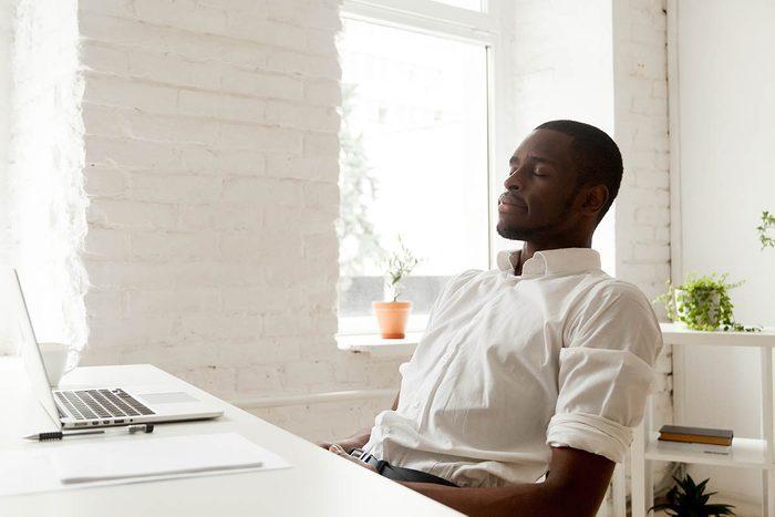 Procrastination : entrainez-vous à maîtriser vos impulsions.