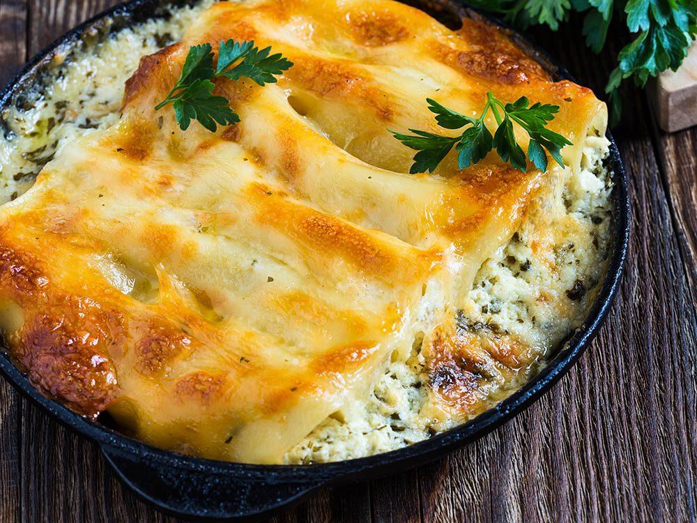 Recette de kale : cannelloni au veau, camembert et chou frisé