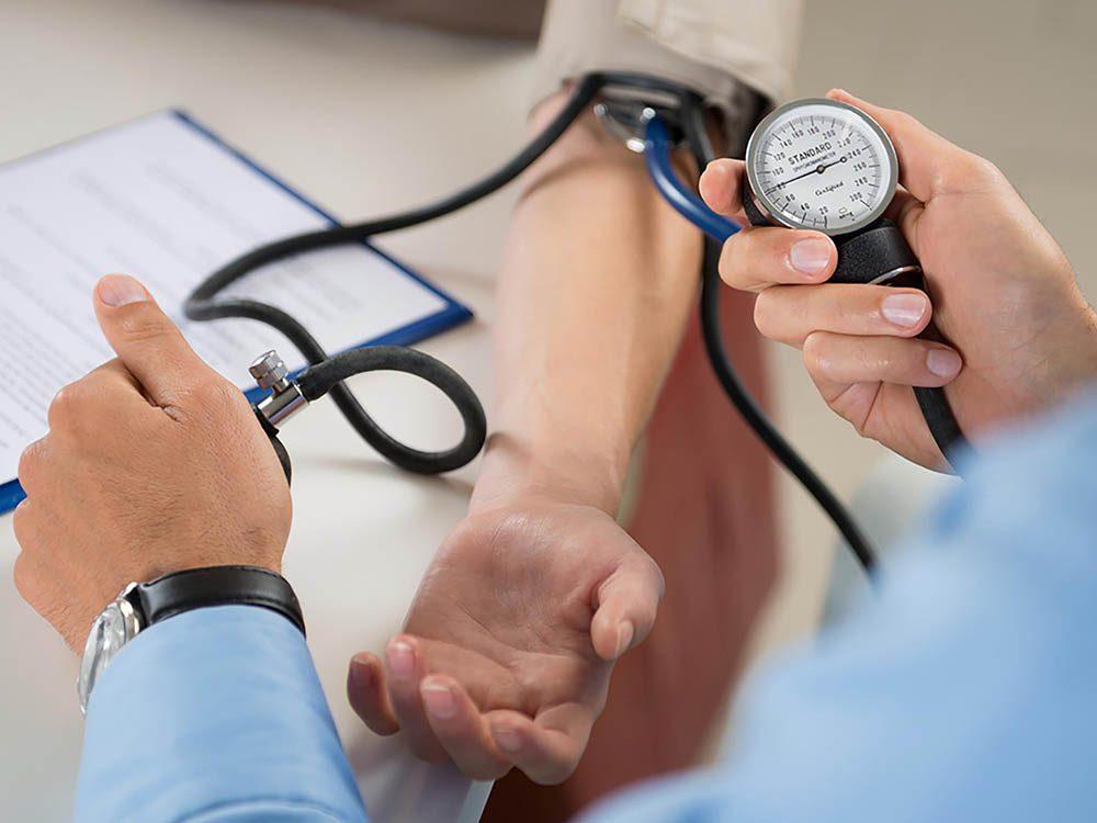 Danger pour les reins : vous ne contrôlez pas votre hypertension.