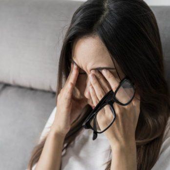 7 conséquences potentielles de se frotter les yeux