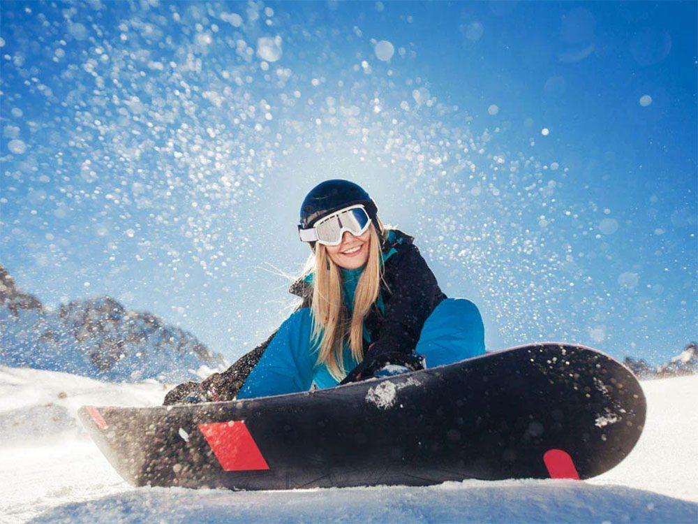 Faire du ski cet hiver vous rendra heureux.