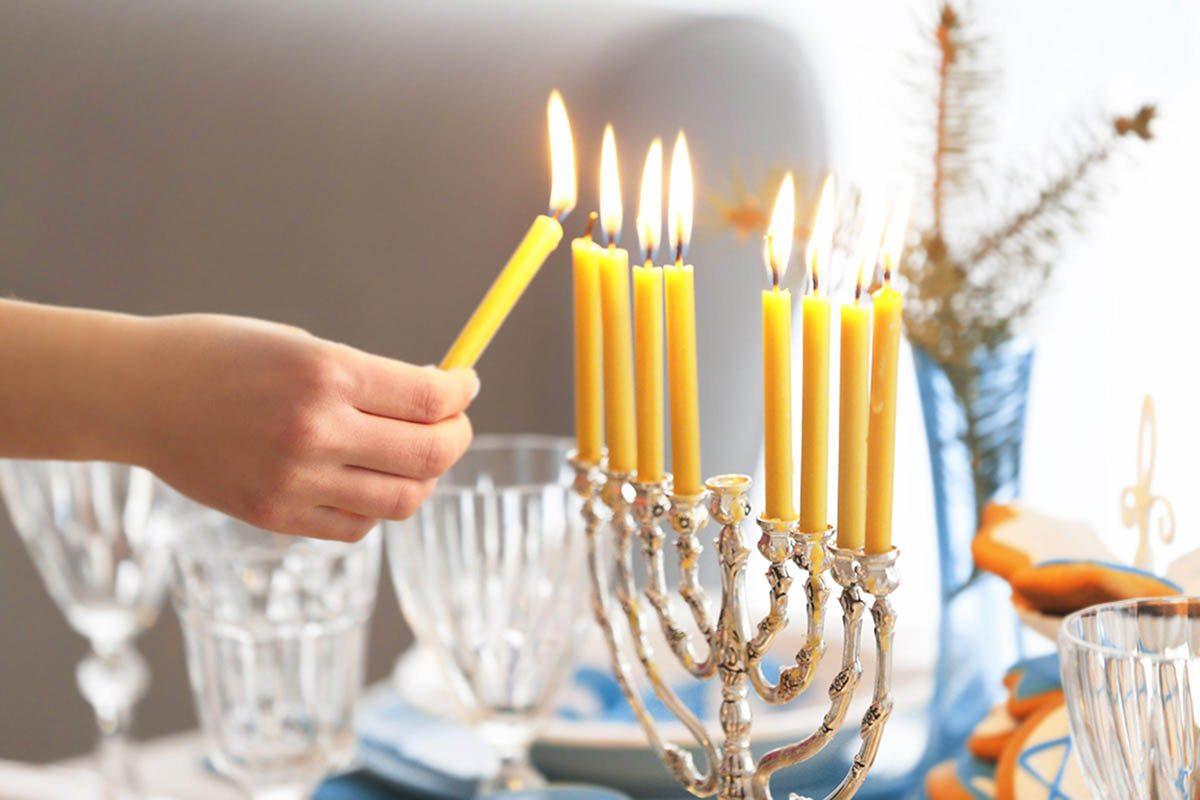 Temps des Fêtes : il y a des similitudes entre Hanoukka et Noël.
