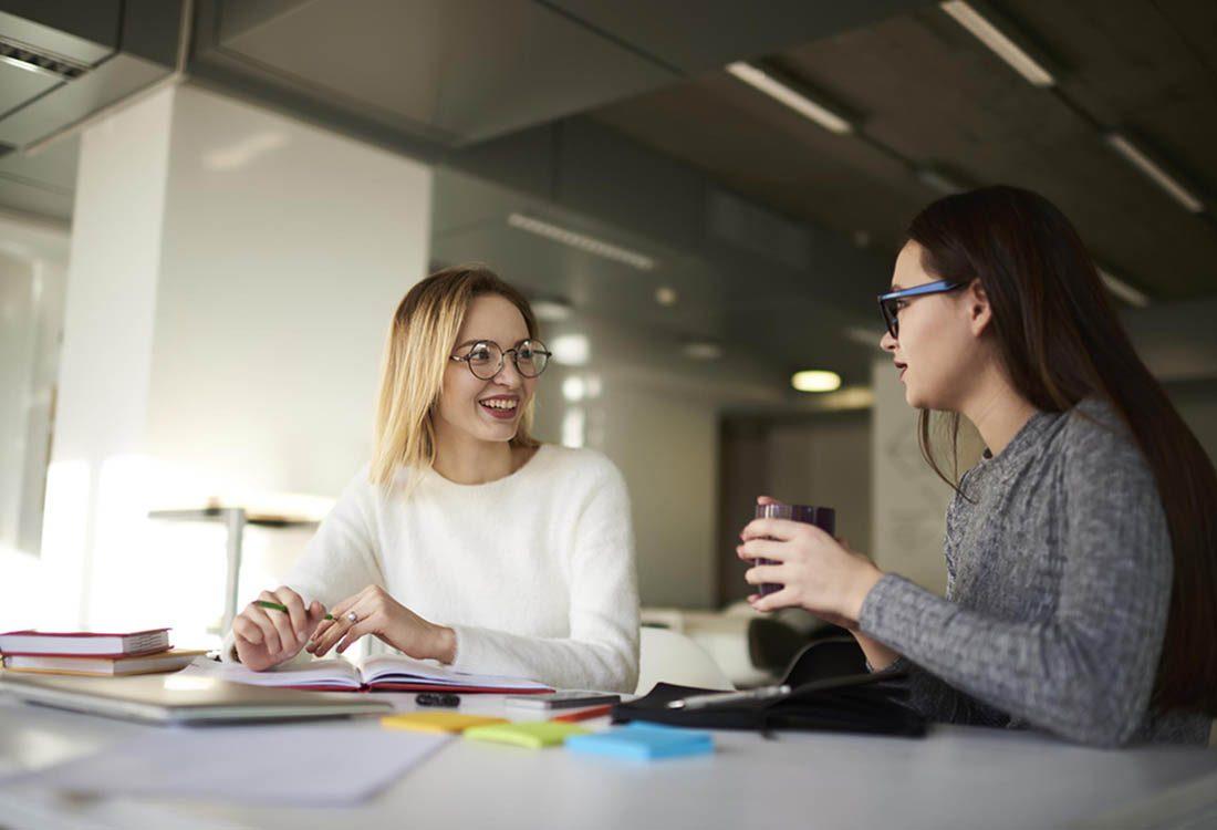 Au travail, ne soyez pas le collègue qui raconte trop sa vie.