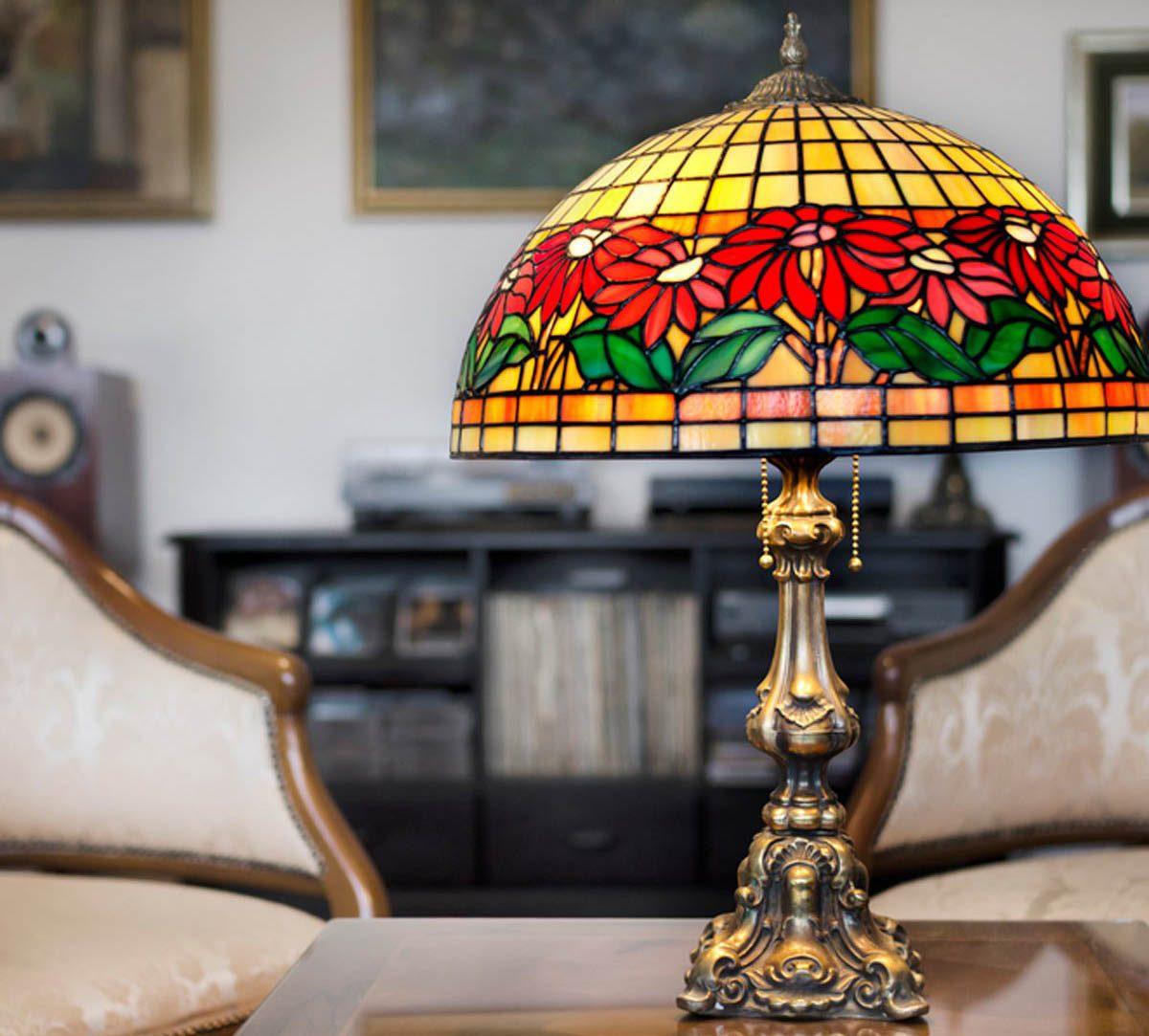 Votre maison vous fait vieillir si vous adorez les lampes Tiffany.