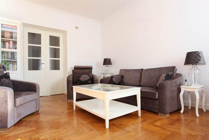 Votre maison vous fait vieillir si votre mobilier longe les murs.