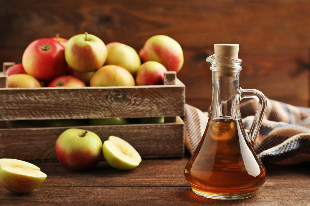 Le vinaigre de cidre de pomme peut être utilisé dans des recettes.