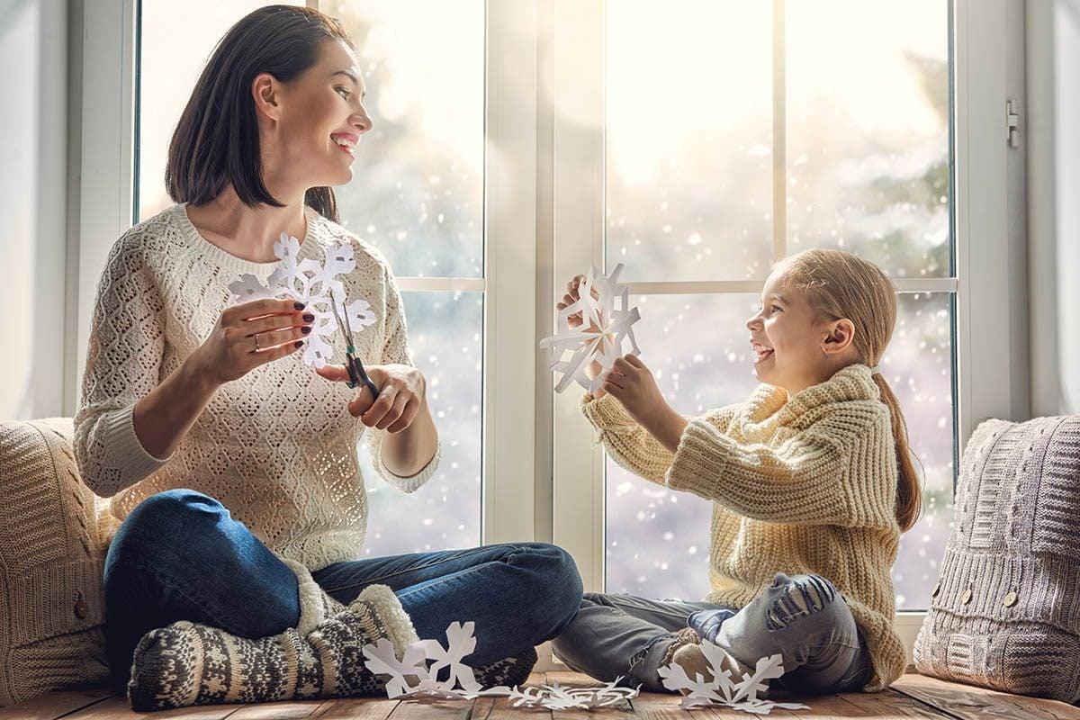 Favorisez l'apprentissage en interrogeant votre enfant et en piquant sa curiosité.
