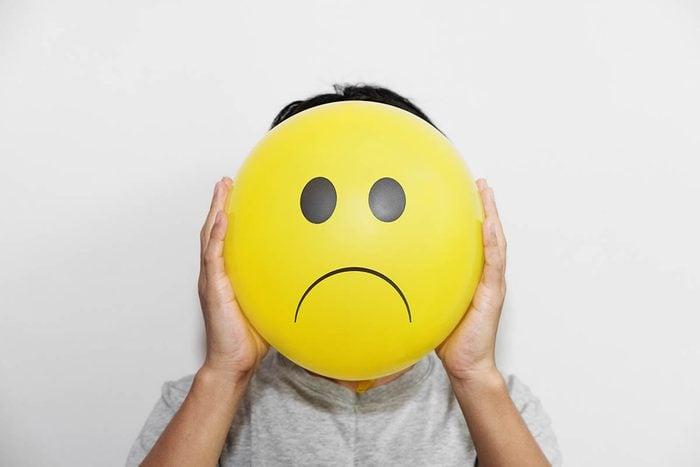 Attitudes négatives à proscrire : la négativité.