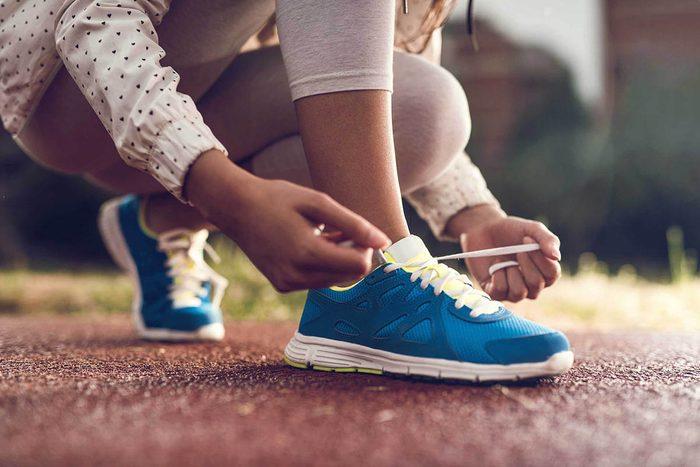 Cadeaux à éviter : des chaussures de sport.