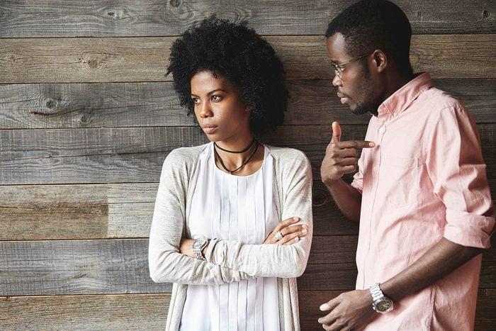 Pour résoudre un conflit relationnel, méfiez-vous de la froideur.