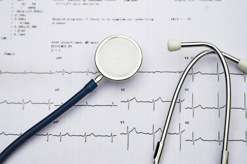 Une douleur entre les omoplates peut être attribuable à des problèmes cardiaques.