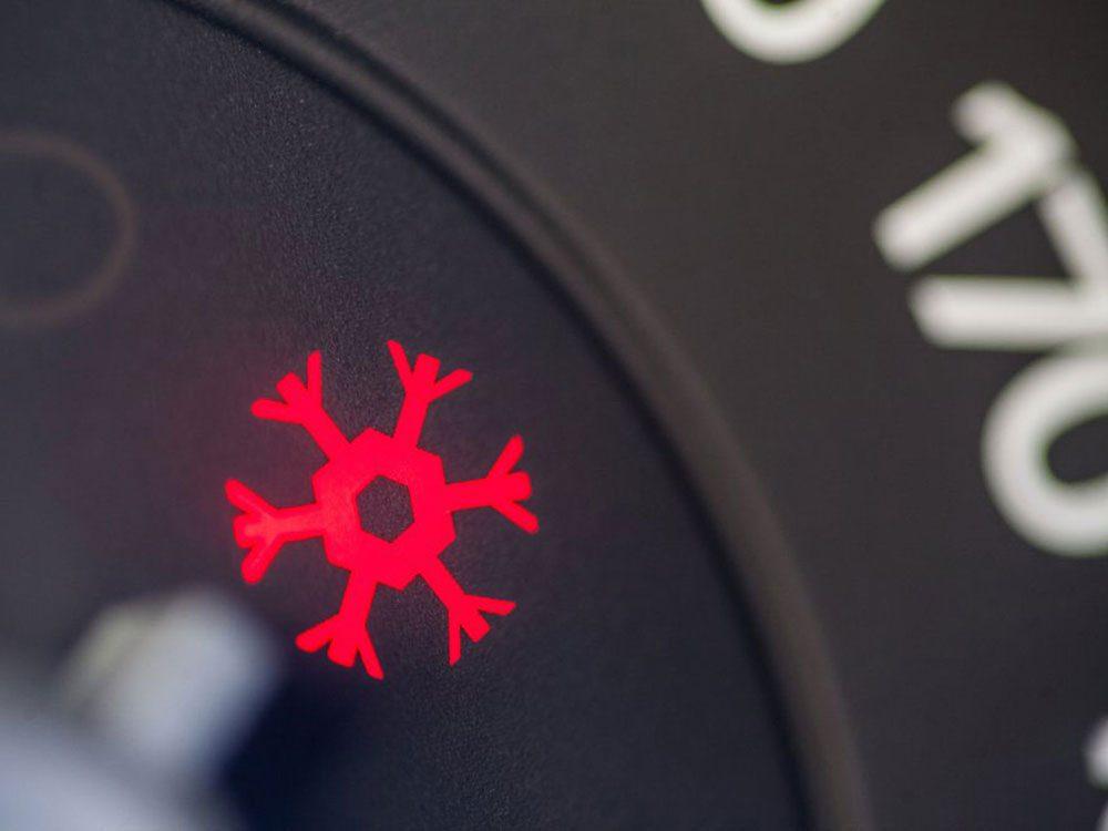 Conduire à froid peut réduire la durée de vie d'une voiture.