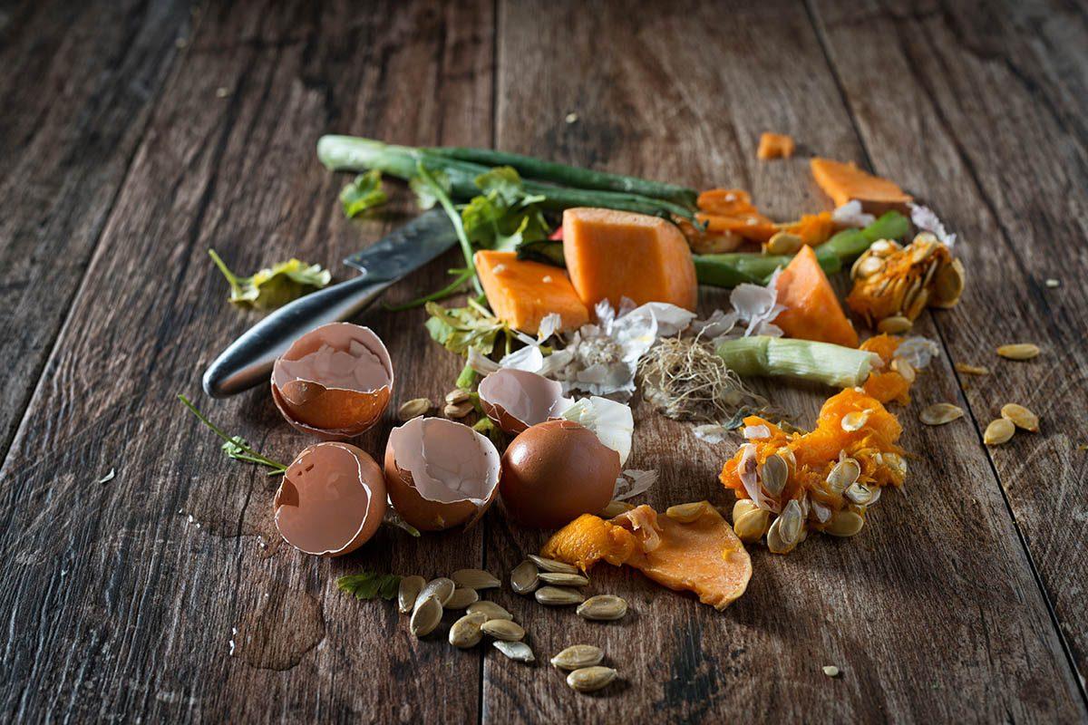 Résolution écologique à adopter : réduire le gaspillage alimentaire.