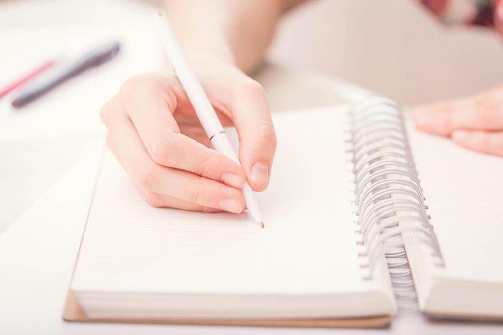 Stimulez votre énergie en tenant un journal.