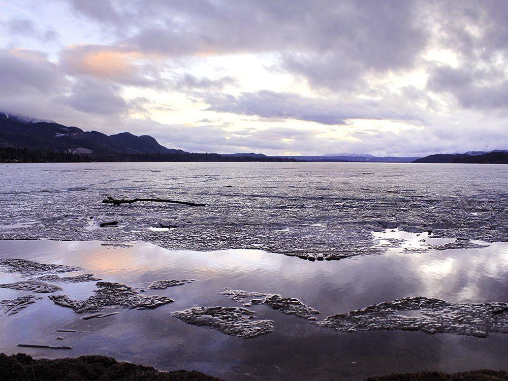 Le Lac Lakelse est l'un des endroits les plus froids au Canada.