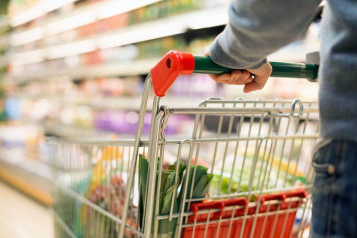 Magasinage : les épiceries vous envoient dans un vrai labyrinthe de magasinage.