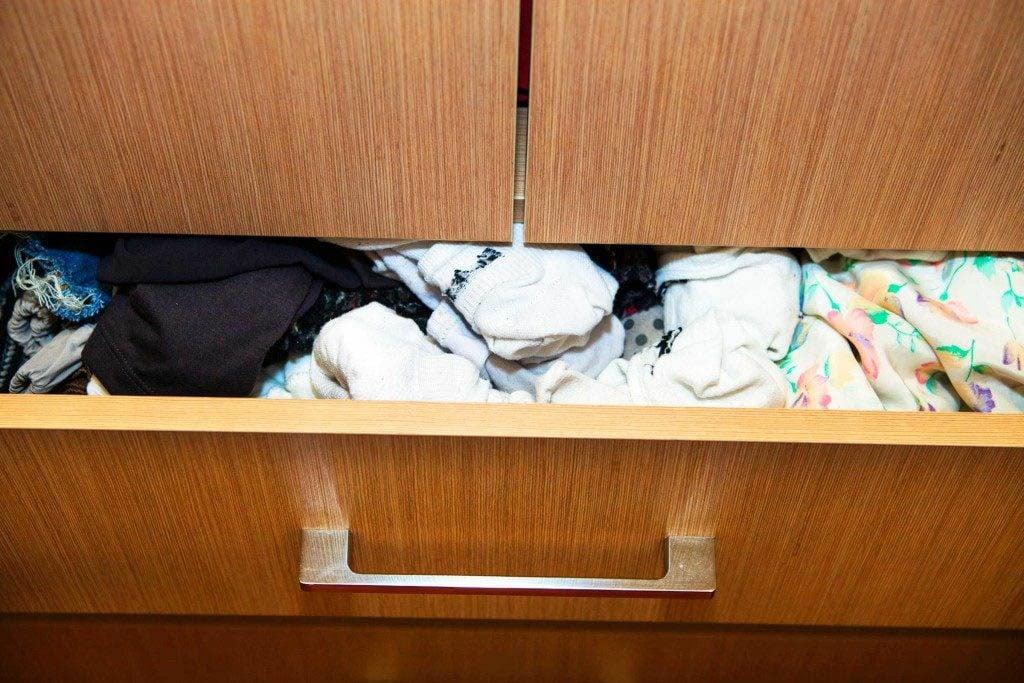 Faites le ménage dans votre tiroir à sous-vêtements.
