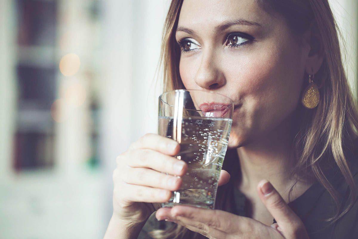 Mythe sur la santé : il faut boire huit verres d'eau par jour.