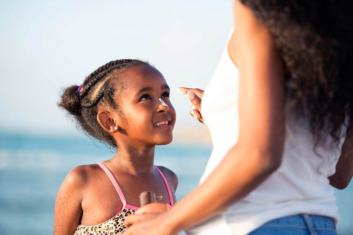 Mythe sur la santé : les crèmes solaires donnent le cancer.