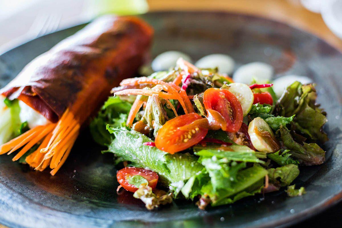 Mythe sur la santé : des petits repas échelonnés tout au long de la journée valent mieux que trois gros repas.